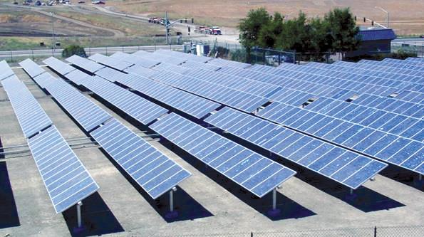 campo fotovoltaico.jpg
